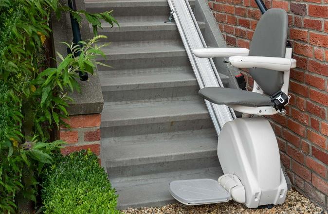 La ligne Otolift est très appropriée comme monte-escalier extérieur.